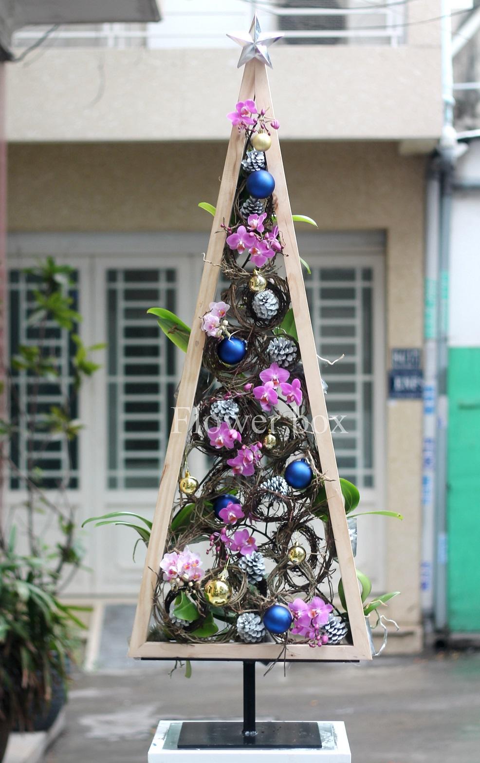 Cây Thông Giáng Sinh - FBEV 009