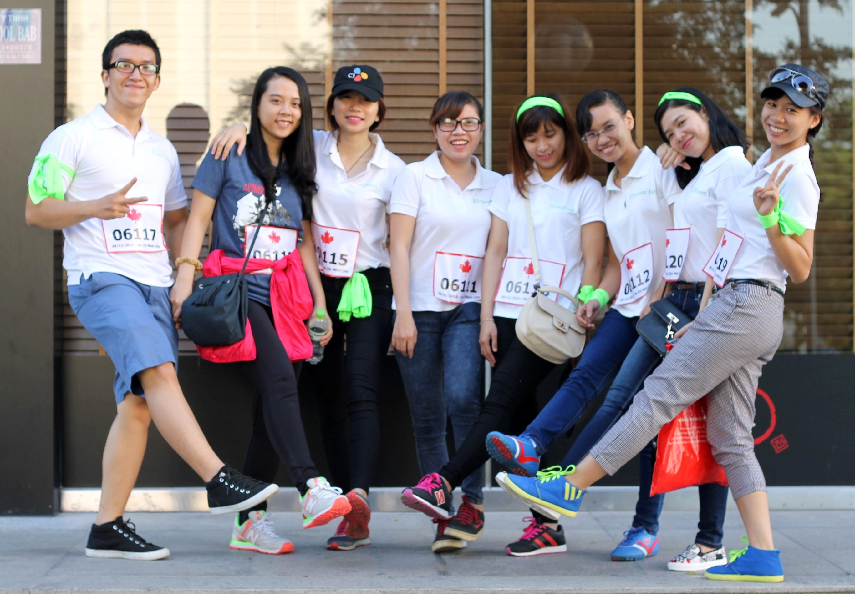 FLOWER BOX THAM GIA TERRY FOX RUN 2015